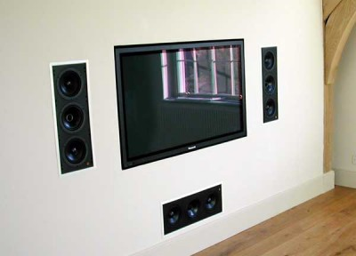 simple-flush-wall-mount-speakers-tv-installation-san-diego-home-theater-hdtv-plasma-lcd-tv.jpg