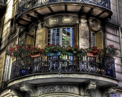 french_balcony_design_decoration.jpg